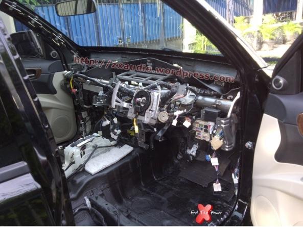 Peredam Firewall (Dashboard) Mitsubishi Pajero Sport Dakar by ZX Audio